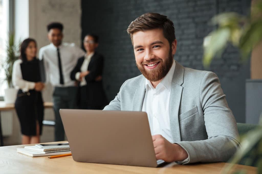 CRM: ¿que es, por que tenerlo y como contratar? [GUÍA COMPLETA]